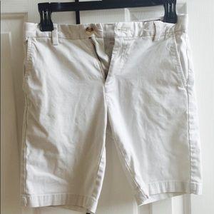 Boys vineyard vines shorts.